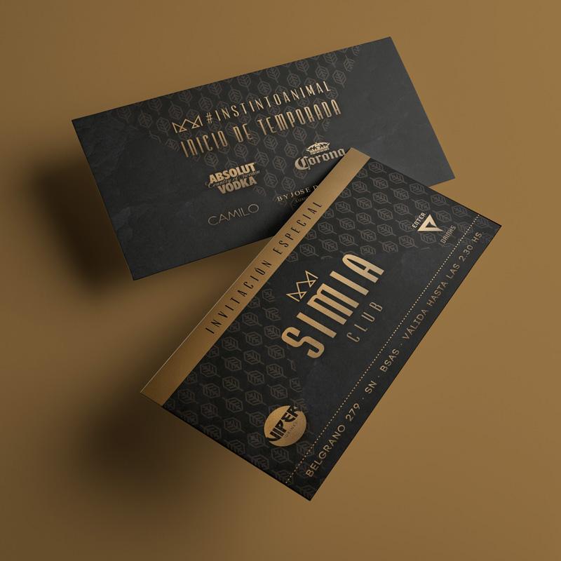 Simia-invitaciones-doradas